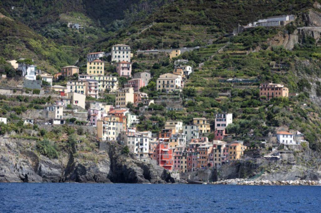 Vista de uma das Cinqueterre - Riomaggiore