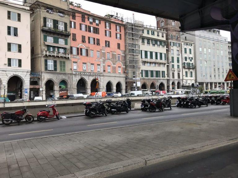 Construcoes historicas centro antigo Genova
