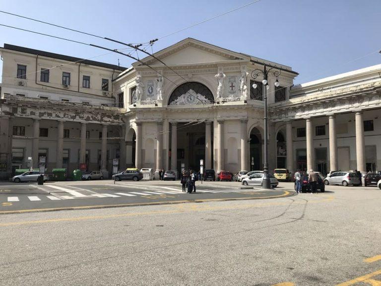Detalhe estacao trem Genova