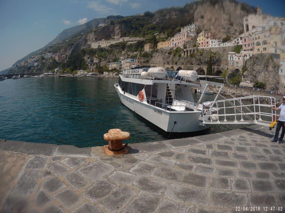 Cais de barcos em Amalfi